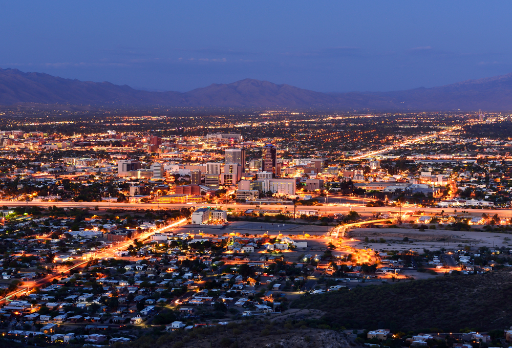 Downtown Tucson, AZ skyline