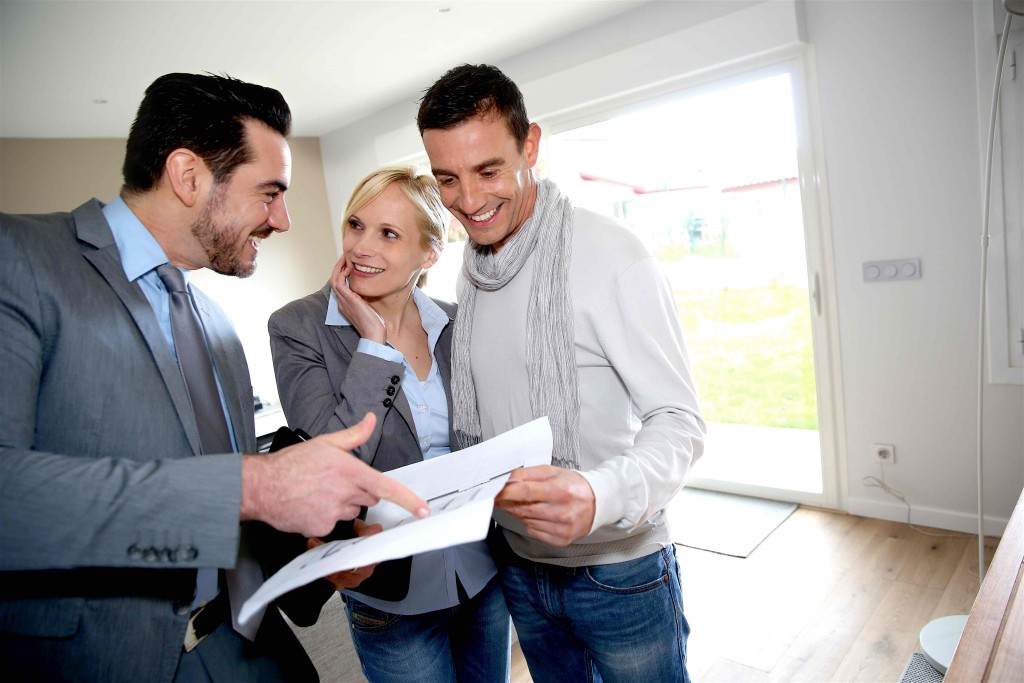 How to become a real estate investor