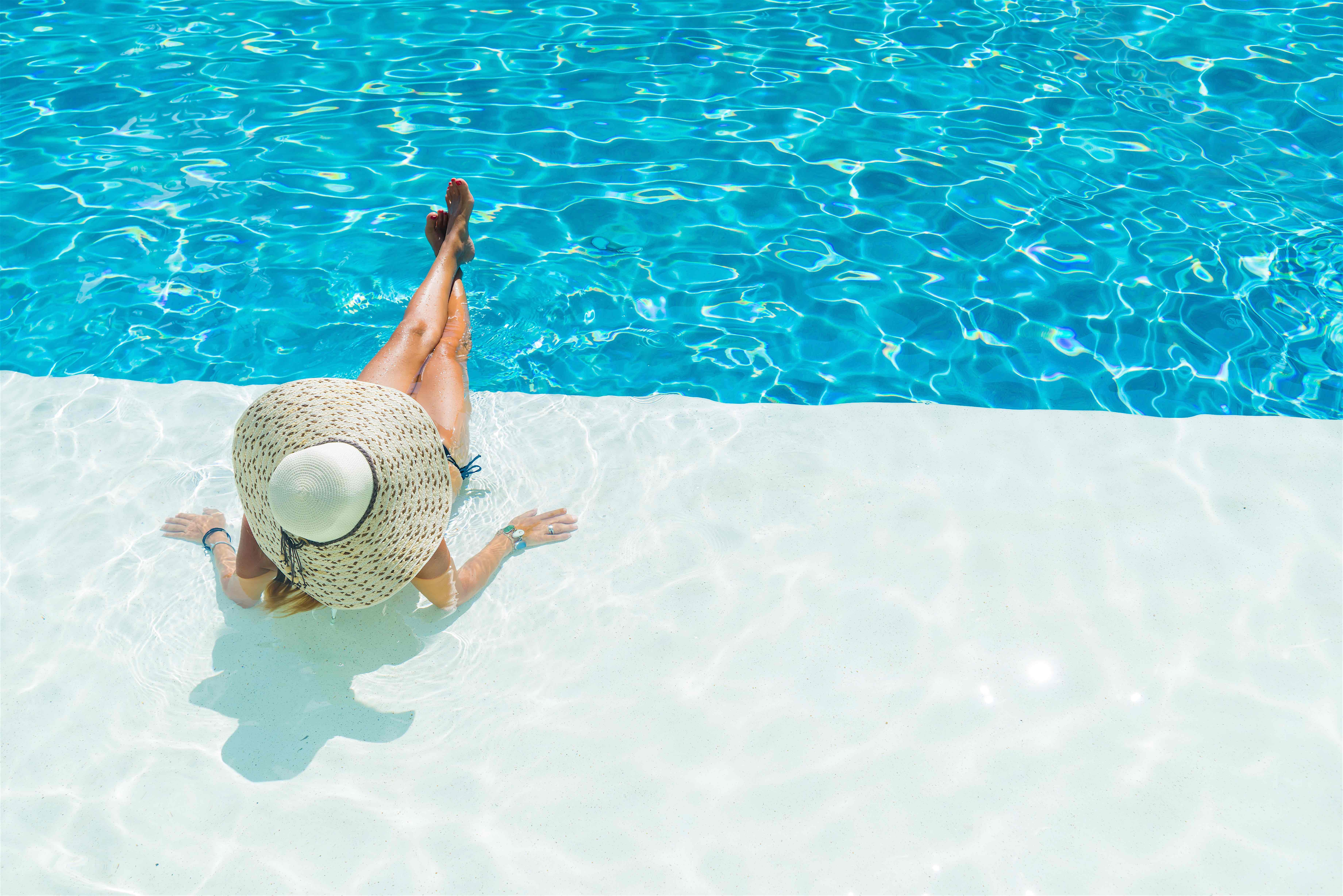 Summer pool trends 2016 make your guests say wow for Pool pool pool