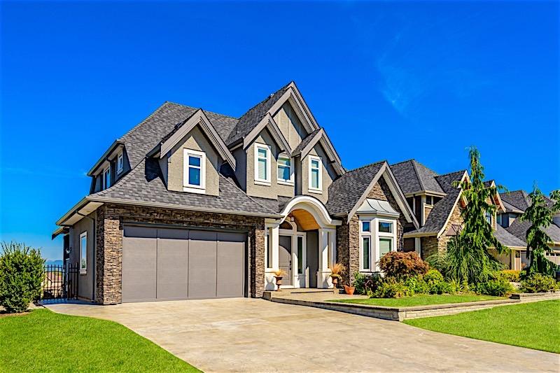 Summer real estate