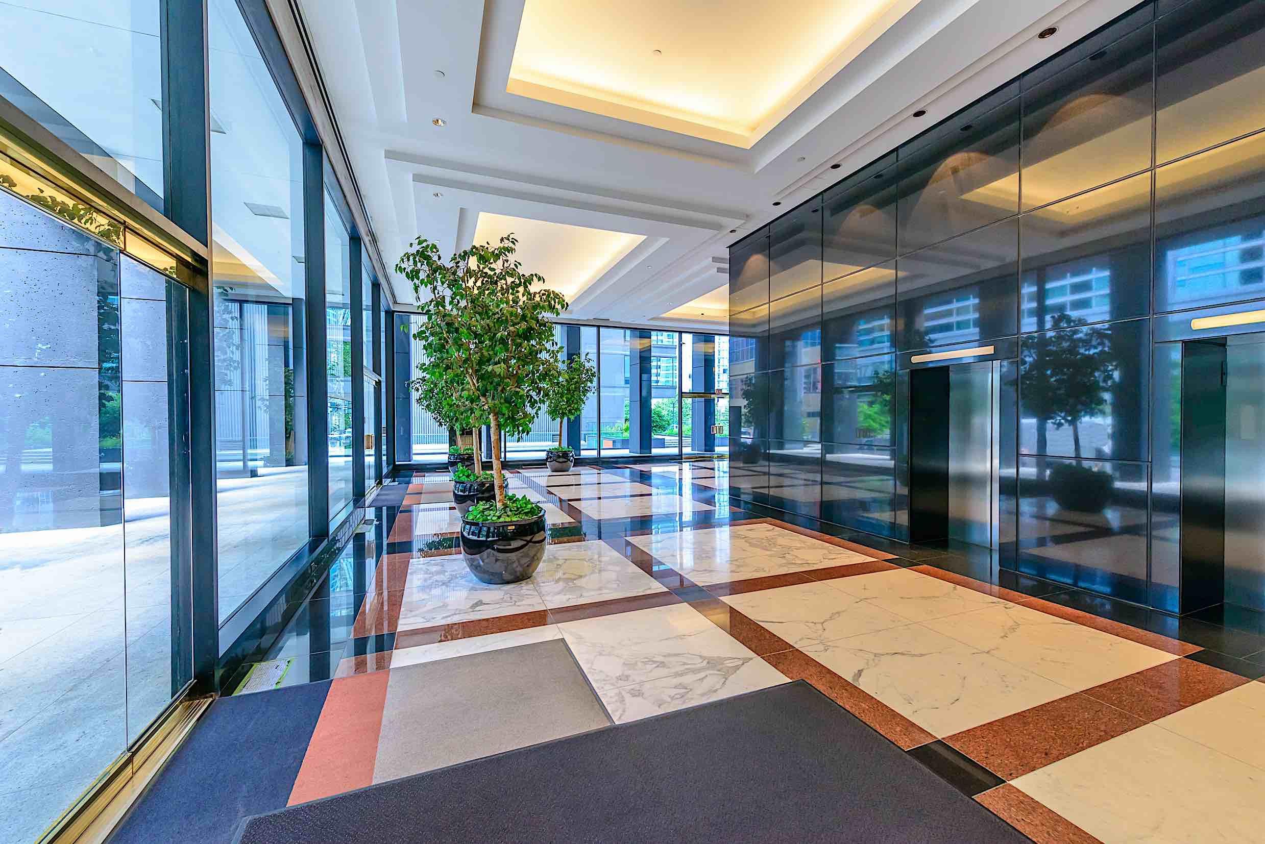 Em sua Equipe Diretiva buying-commercial-property2