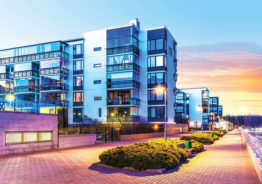 how to start a real estate investment company