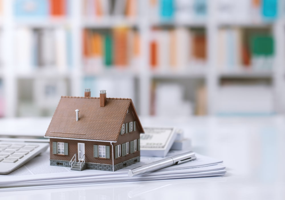 one of the advantages of a home equity loan