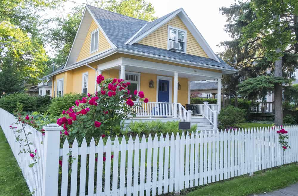 what does a house deed look like